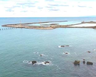 Rize-Artvin Havalimanı için denize 14,5 milyon ton taş döküldü
