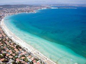 Çeşme'nin ünlü Ilıca Plajı artık ücretsiz olacak