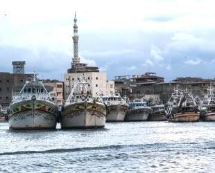 Ortadoğu limanlarını sel vurdu