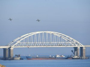 Kerç Boğazı sivil gemilere kapatıldı