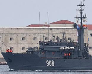 Rusya, Azak Denizi'ne bir gemi daha gönderiyor