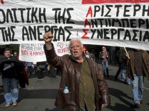 Yunanistan'da deniz seferleri 'grev' nedeniyle iptal edildi
