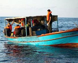 Süveyş Körfezi'nde balıkçı teknesi kayboldu