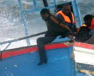 Akdeniz'de göçmen faciası: 15 ölü