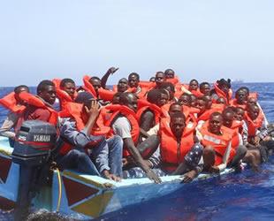 İspanya, yeni yılda 400 kaçak göçmeni kurtardı