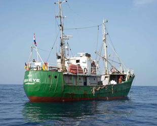 Akdeniz'deki 49 göçmenle ilgili kriz çözüldü