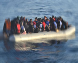 Cibuti'de düzensiz göçmenleri taşıyan 2 bot battı: 5 ölü, 130 kayıp