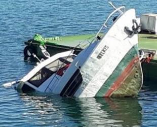 'Belkıs' isimli tur teknesi battı
