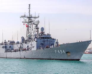 TCG Gökçeada, Karaçi Limanı'na demirledi
