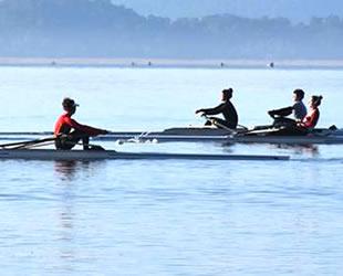 Köyceğiz Gölü, kano ve kürek takımlarının tercihi oldu