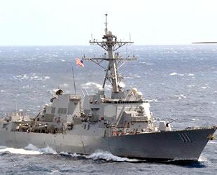 ABD savaş gemileri, Güney Çin Denizi'ne girdi