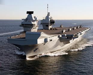 İngiltere, Pasifik Okyanusu'na uçak gemisi yollayacak