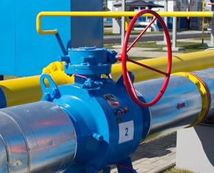 Polonya, Rusya'dan doğalgaz alımını 2022'de sonlandıracak
