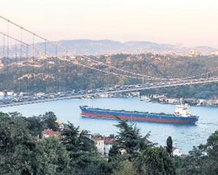 İngiliz şirketinin Türk Boğazları'ndan geçen gemilerden usulsüz para topladığı ortaya çıktı