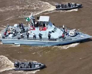 Gine Körfezi'nde deniz haydutlarına karşı ABD destekli tatbikat başladı