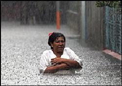Stan Kasırgası Meksika yolunda
