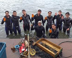 Denizcilik Kulübü öğrencileri, deniz kirliliğine dikkat çektiler