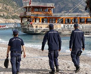 Fethiye'de tur teknelerinde denetim yapıldı