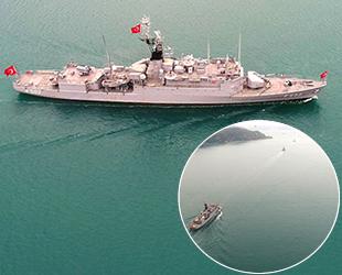 Donanma gemileri, İstanbul Boğazı'ndan geçti