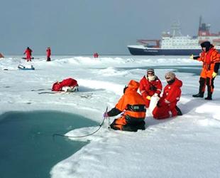 İzlanda, Kuzey Kutbu'na liman inşa edecek