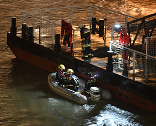 Tuna Nehri'nde Hableany isimli yolcu teknesi battı: 7 ölü, 19 kayıp