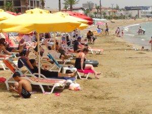Mersin sahillerinde bayram tatili hareketliliği yaşanıyor