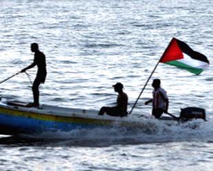 İsrail Gazze'de balık avlama mesafesini 6 mile düşürdü