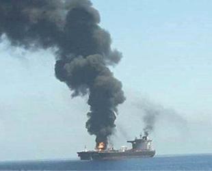Front Altair ve Kokuka Courageous isimli petrol tankerlerinde patlama meydana geldi