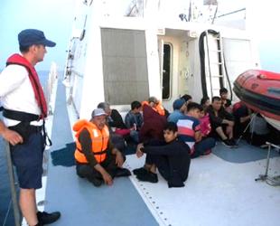 Dikili'de 40 kaçak göçmen yakalandı