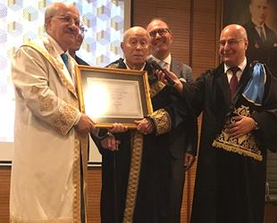 Kaptan Altay Altuğ'a Fahri Doktora Beratı düzenlenen törenle verildi