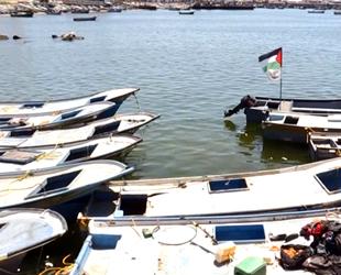İsrail, yıllardır alıkoyduğu 20 adet tekneyi Filistin'e teslim etti