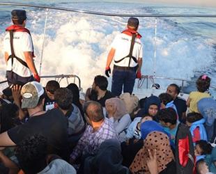 Ege Denizi'nde 14 bin 45 düzensiz göçmen yakalandı