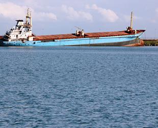 Samsun'da karaya oturan 'Tokay Akar' isimli gemi, Yargıtay kararını bekliyor