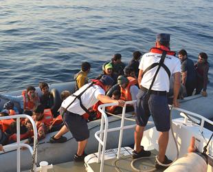 Kuşadası Körfezi'nde 77 düzensiz göçmen yakalandı