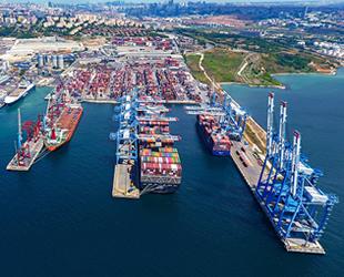 Kumport'un liman vinçleri İstanbul'a geldi