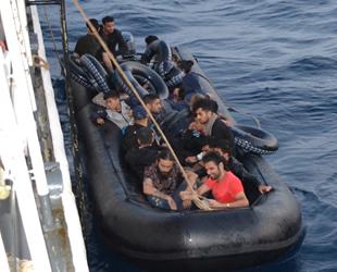 Ege Denizi'nde 36 düzensiz göçmen yakalandı