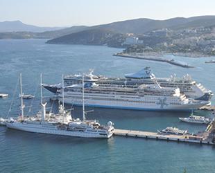 Kuşadası'na  yılın ilk 7 ayında 103 gemi geldi
