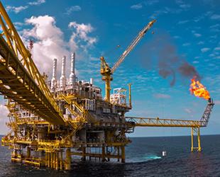 Suudi Arabistan petrol üretimini gereğinden çok kısacak