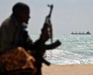 'Marmalita' isimli kargo gemisine saldıran deniz haydutları 8 denizciyi kaçırdı