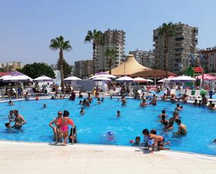 Mezitli Belediyesi Su Parkı, bayramda rekor kırdı
