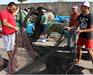 Karadenizli balıkçılar son hazırlıklarını yapıyor