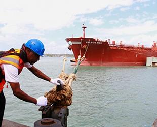 Kenya, ilk kez ham petrol ihraç etti