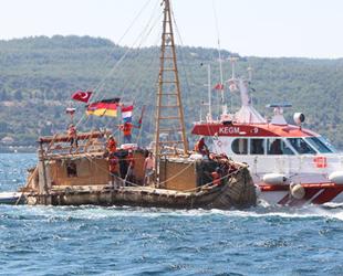 'ABORA IV' isimli gemi, Çanakkale'den ayrıldı