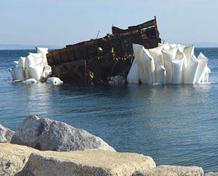 Erdek'te 6 yıl önce batan 'Pasha' isimli geminin enkazı çıkarılıyor