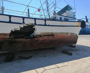 Çanakkale'de balıkçı tekneleri çatıştı: 10 kişi kurtarıldı...