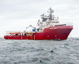 Akdeniz'de göçmenleri kurtaran STK gemileri, güvenli liman arıyor