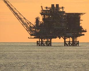 Çin, Filipinler'e petrol için şartlı ortaklık teklif etti