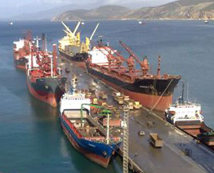Aliağa'ya gelen gemi sayısı 5 bini geçti