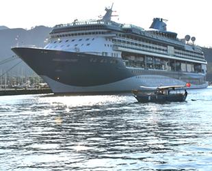 'Marella Discovery' yolcu gemisi, Marmaris'e geldi