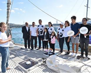 Rıza Akpolat, Blue Panda Teknesi'ni ziyaret etti